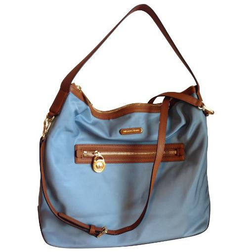 The Stone Mountain Long Beach washed shoulder bag is made of smooth leather and has a top zip entry with a handle drop. an interior large zipper divider with two slide pockets, an interior zipper pocket and a scarf. Dimensions: 9H x 12W x 5D. D'Margeaux Pebble Grain Shoulder Bag Dooney & Bourke Paige crossbody bag features a lined.